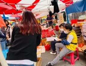 ■ 일시 : 2021.10.13 (수) 16:00    ■ 장소 : 남창 옹기종기시장 일대    ■ 성매매예방 및 근절을 위한 캠페인을 진행하였습니다.